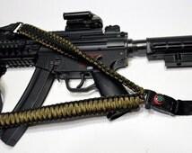 "550 Paracord Rifle Sling with Compass & Flint Firestarter Clasp 50"" Single Point Gun sling (Camo / Black)"