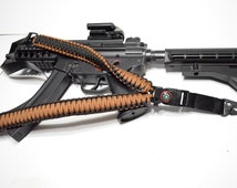 """550 Paracord Rifle Sling with Compass & Flint Firestarter Clasp 50"""" Single Point Gun sling (Coyote / Black)"""
