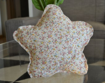 Star-shaped pillow