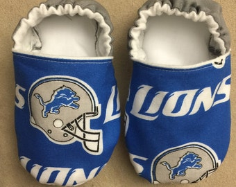 Detriot lions booties, crib shoes, slippers, baby, infant, NFL, football