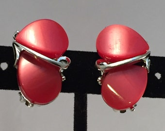 Vintage Red Lucite Moonglow Clip Earrings. Thermoset Plastic Estate Jewelry. Mid Century Collectible Clip On Earrings. Fifteen Dollar Gifts