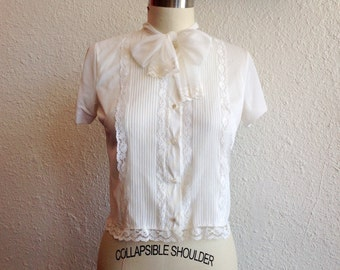 1950s Nylon and lace blouse with bow