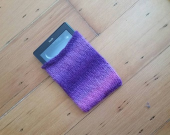 Pink and Purple Knit Kindle Case