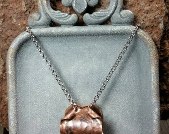 Hammered Oxidized Copper Ring Curled Pendant Necklace