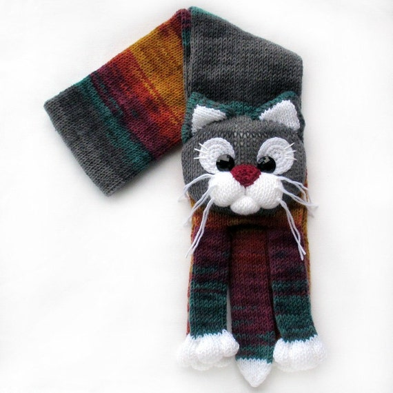 Knitted Cat Scarf Pattern : Knitted cat scarfKnitted scarfAnimal scarfCat scarfKnit