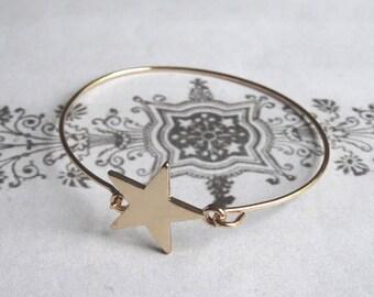 Star Shaped Bracelet 90's Style
