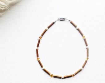 Hazelwood Necklace for Teething Baby // Teething Necklace // Baby Teething Necklace // Baby Jewelry // Baby Gift