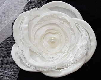 Ivory Floral Hair accessory