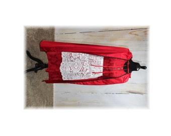 Red Riding Hood / Fairytale / Fantasy--Medium (I15)