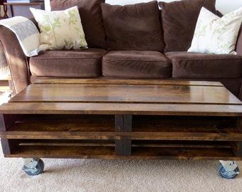 Rustic wood pallet rolling coffee table