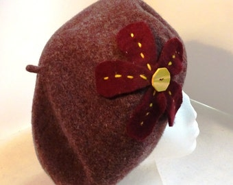 Wool Beret/Tam 1930's Reproduction Heather Burgundy with Yellow Button