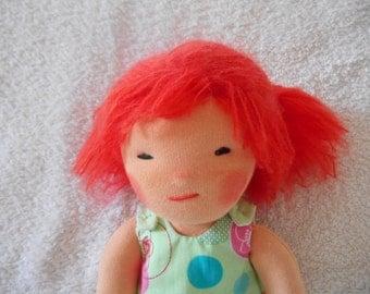 Poupée Chiffon Waldorf 24cm peau chair cheveux orange, roux