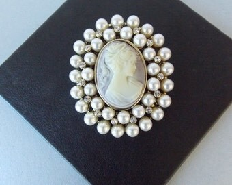 Vintage Style Pearl Cameo Brooch