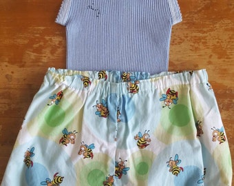 Size 1 Busy Bees - Nappy cover & embroidered singlet set