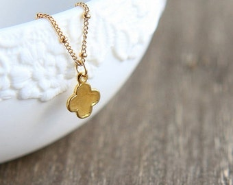 SALE Gold Clover Necklace, Clover Necklace, Tiny Clover Necklace, Four Leaf Clover Necklace, Flower Necklace, Dainty Necklace, Gold Jewelry