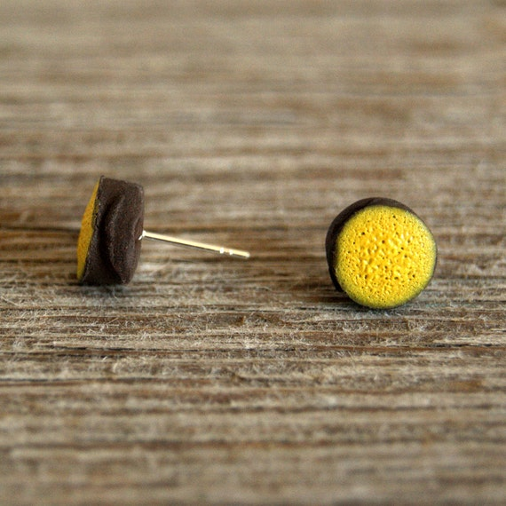 MINI matte lemon round stoneware stud earrings
