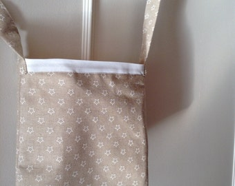 Beige shoulder bag, mustard interior