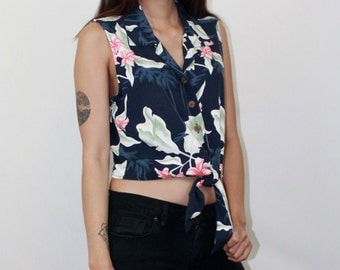 Hawaiian Palm Print Tie Crop Top