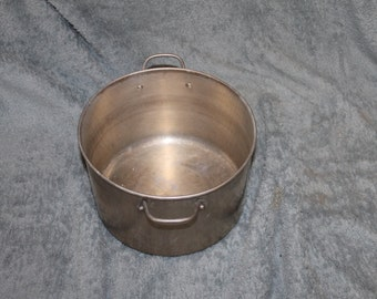 Vintage Deep Pot or Pan for Cooking, Two Handles, Kitchen Use, Dining, Kitchenware, 6.5 Inches Deep, 9.5 Inches in Diameter, Great Size