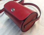 Bag red cylinder real leather Taylor, handmade in France by Koffpolo