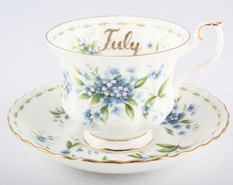 Royal Albert - Flower of the month - Tea cup & saucer - July - Forget-Me-Not