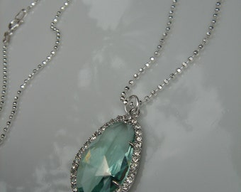 Silver necklace, Sterling Silver sparkling with trailer from Crystal glass, zartgrün