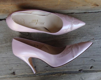 Vintage 1950's-60's Lavender Lilac High Heel Pin Up Shoes * Size 6 M