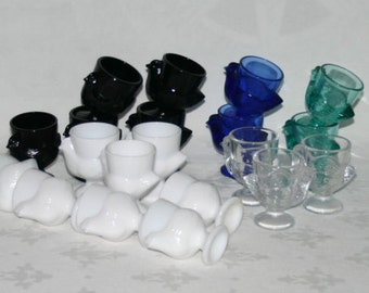 Vintage Egg cups Glass Arcoroc Pressed Glass French Blue White Transparent Clearglass Black Mint Green chicken egg cup Eastern egg cups
