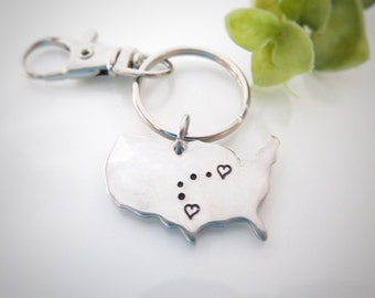 Long Distance Keychain - Long Distance Relationship Keychain - Connected Hearts Keychain - State to State - USA Keychain - Best Friend Gift