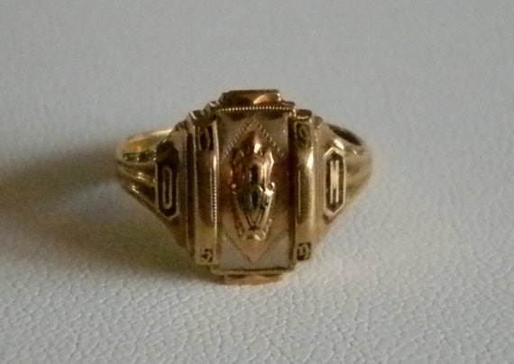 Inspirational Vintage Class Rings