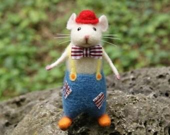 Mouse clown, Needle felt mouse, Needle felt clown, Needle felt miniature, Felt mouse, Needle felt animal, Birthday gift, Home decor