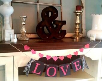Valentines Day Décor - Valentines Day  Banner- Valentines Day Burlap Sign-Valentines Day Burlap Banner-Valentines Day Bunting - Photo Prop