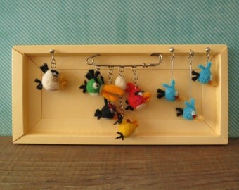 Jewelry set, angry birds shawl pin & earrings, needle felted bright wool accent, gift idea for game's fans, tiny birds