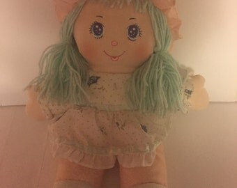 Dolly Mine, Wellmade toys 1987 10 in cloth stuffed doll