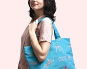 Swimming pool's bag, beach bag, tote bag, pattern of swimmers on blue and turquoise water, Cotton and linen, Over shoulders, hand carring