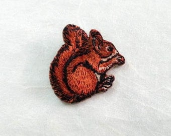 Squirrel Iron On Patch (S) -  Squirrel Applique Embroidered Iron on Patch- Size 4.1x4.1 cm