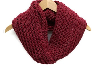 Red crochet cowl, cranberry scarf, triple luxe cowl, infinity scarf, crochet circle scarf, chunky crochet cowl, warm winter scarf, wool cowl