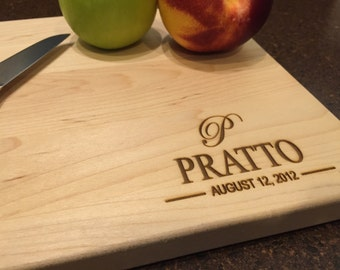 Personalized Family Name sign, Personalized Cutting Board, Engraved Cutting Board, Custom Cutting Board, Wedding Gift, Housewarming Gift