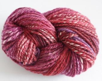 Handpainted & handspun merino/silk yarn 80 gram (2.8 oz.) and 130 meters (142 yards) - Fuchsia on heather