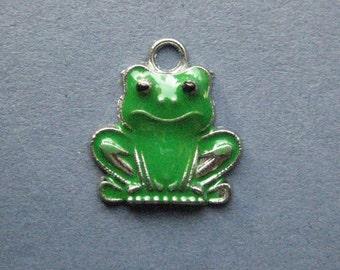 5 Frog Charms - Frog Pendants - Frog - Frogs - Animal Charms - Enamel Charm - 20mm x 18mm -- (No.92-12044)
