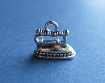 5 Iron Charm s- Iron Pendants - Iron - Irons - Antique Silver - 13mm x 14mm -- (No.142-10573)