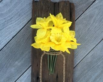 Flower Mason Jar// Daffodil// String Art// Wooden Sign