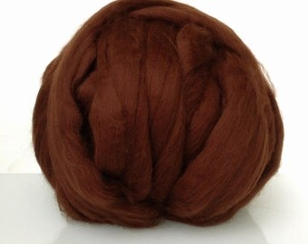 Merino Top Roving, Extra fine 19 microns. Carded and combed wool. Ideal for needle and wet felting.  Chocolate brown, Chestnut brown