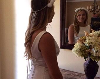 White bridal headband/veil/fliers/pearls/beads/white/wedding/adjustable/ribbon