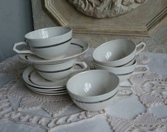 French Art Déco Set of Cups and Saucers, 5 Small Espresso Vintage HBCM Coffee Cups