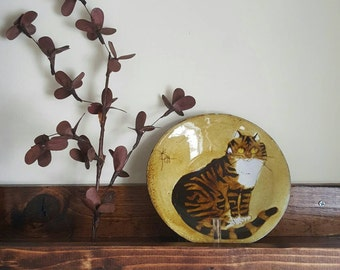 Chelsea Joyce Morgan Cat Vintage Plate Brown Mustard Yellow Striped Tabby Studio Pottery Glazed