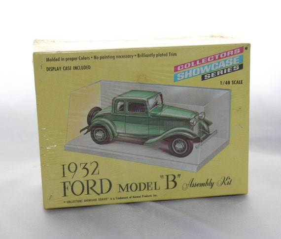 Renwal 1932 Ford Model B Model Car Kit