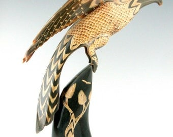 Vintage Mid-Century Japanese Carved Ox Horn Bird Sculpture