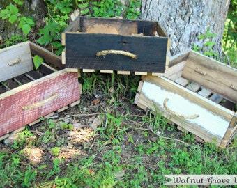 Rustic Reclaimed Barn Wood Crate