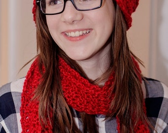 Red hat and scarf set